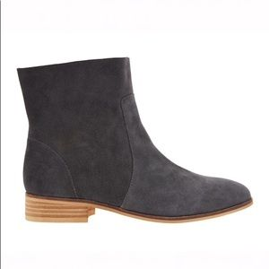 Dr. Scholl's Lane slate grey suede ankle boot, 7.5